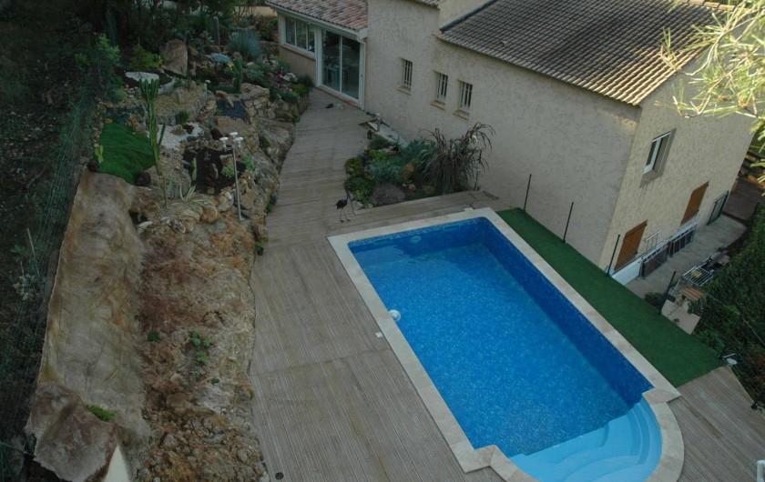 Location de vacances - Appartement à Hyères - Vue des rochers