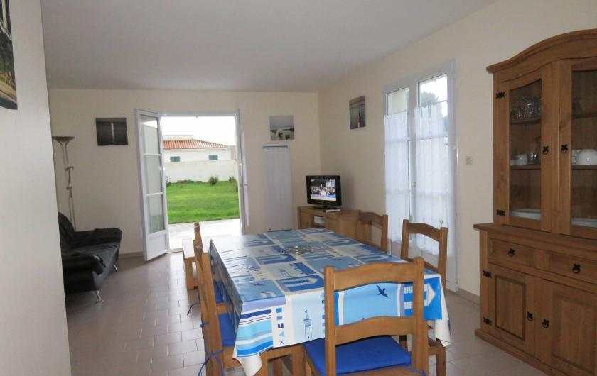 Location de vacances - Villa à Ars-en-Ré - Vue  ensemble espace vie