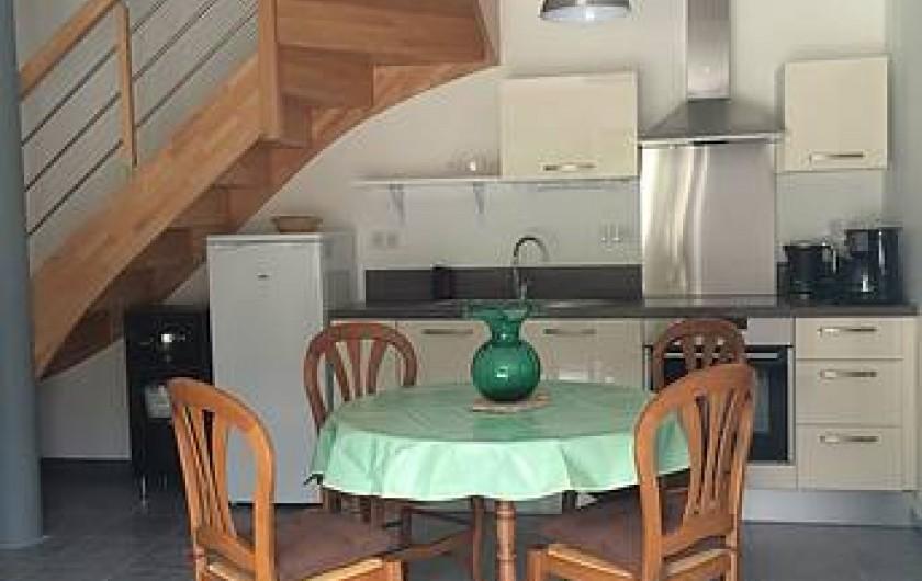 Location de vacances - Gîte à Clohars-Carnoët - cuisine jade