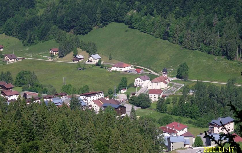 Location de vacances - Appartement à Mijoux - le village