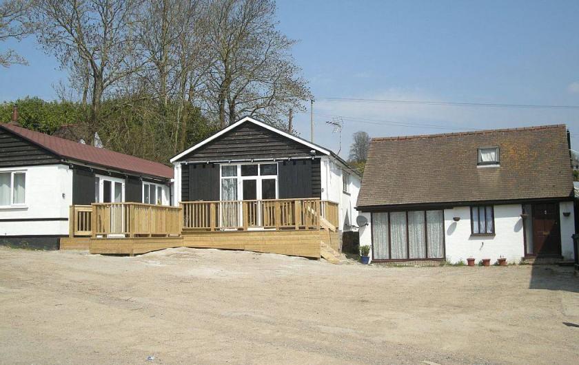 Location de vacances - Gîte à Sutton Valence - D'Arcy Spice a gauche Innishfree au centre