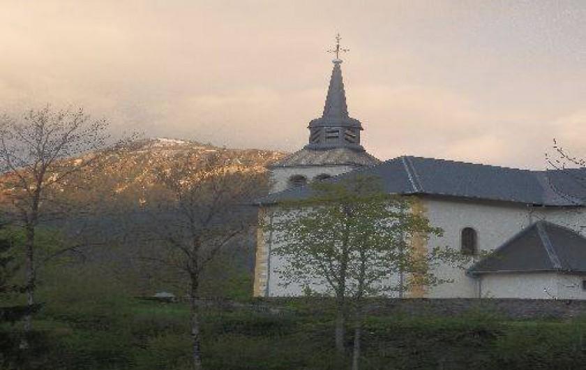 Location de vacances - Appartement à Saint-Nicolas de Véroce - Eglise baroque du village