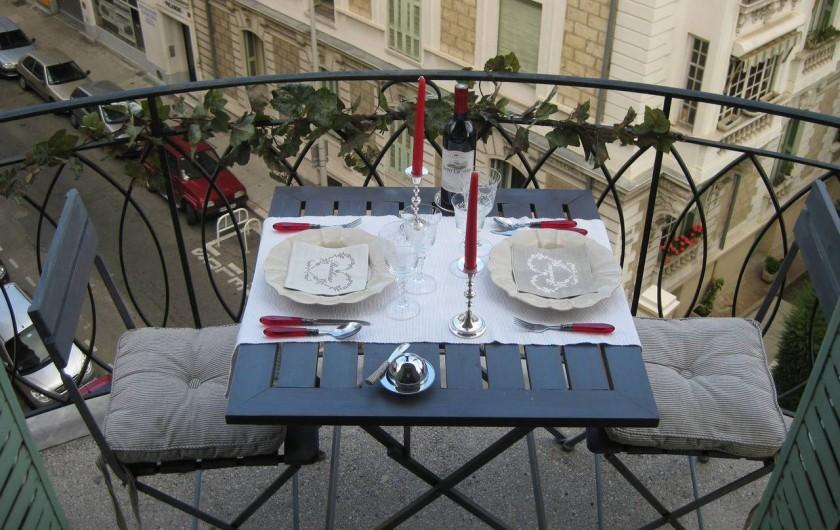 Location de vacances - Appartement à Nice - Balcon Salon