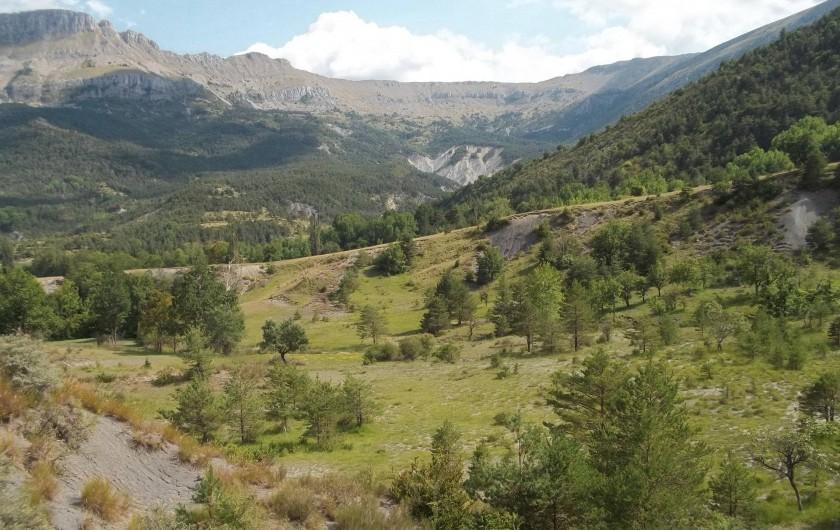 Location de vacances - Bungalow - Mobilhome à Blieux - paysage aux alentours