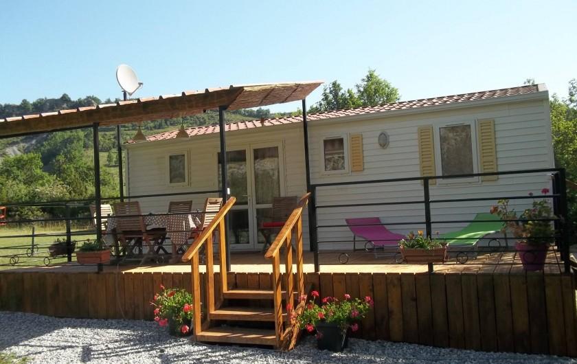 Location de vacances - Bungalow - Mobilhome à Blieux - bungalow plein soleil