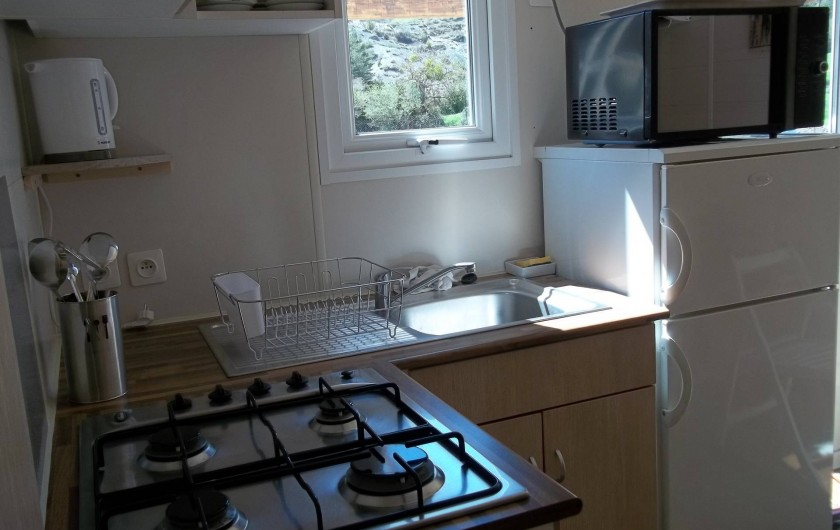 Location de vacances - Bungalow - Mobilhome à Blieux - coin cuisine