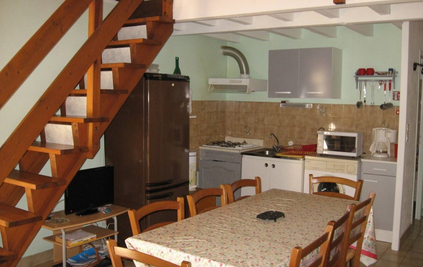 Location de vacances - Villa à Vieux-Boucau-les-Bains - Coin cuisine et accès aux chambres
