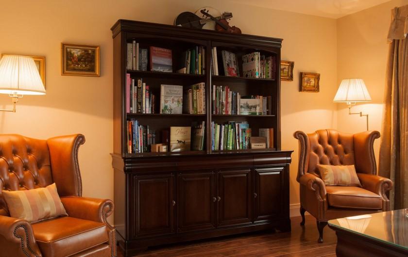 Location de vacances - Mas à Killarney - Choisir un livre ou deux