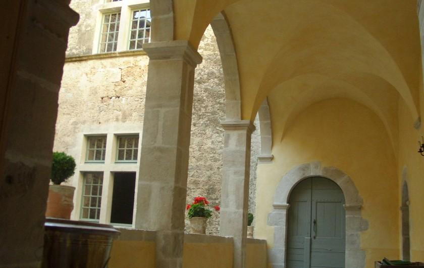 Location de vacances - Château - Manoir à Pégairolles-de-l'Escalette - Galerie 1er étage