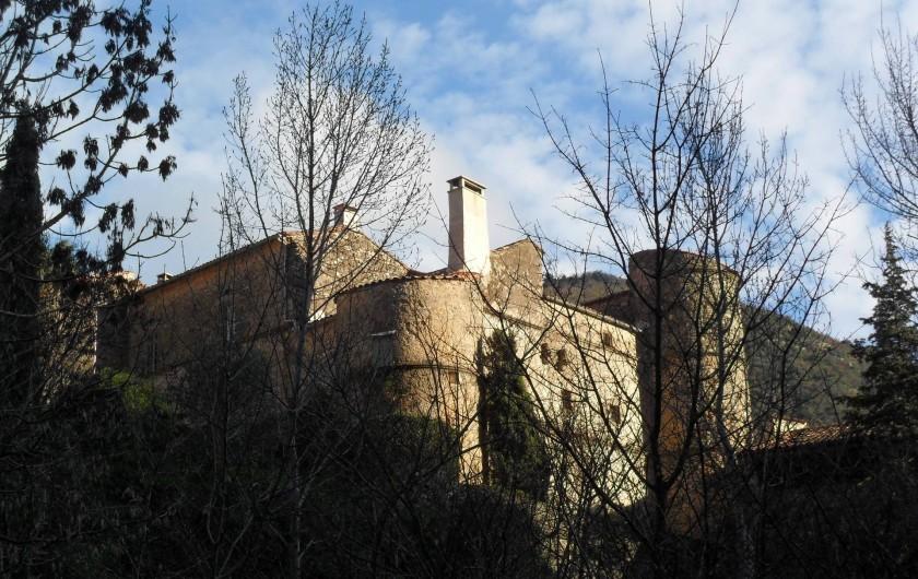 Location de vacances - Château - Manoir à Pégairolles-de-l'Escalette - Façade Ouest