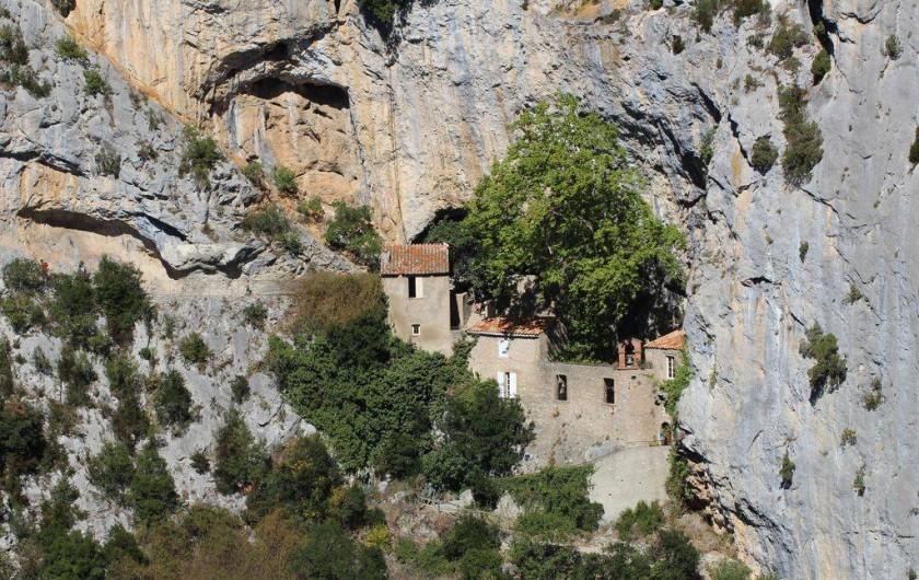 Location de vacances - Appartement à Canet-en-Roussillon - ermitage de GALAMUS  creusé dans la roche