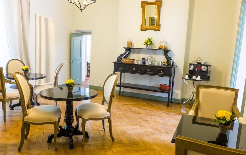 Location de vacances - Chambre d'hôtes à Saint-Félix-de-Pallières - Salle petit déjeuner