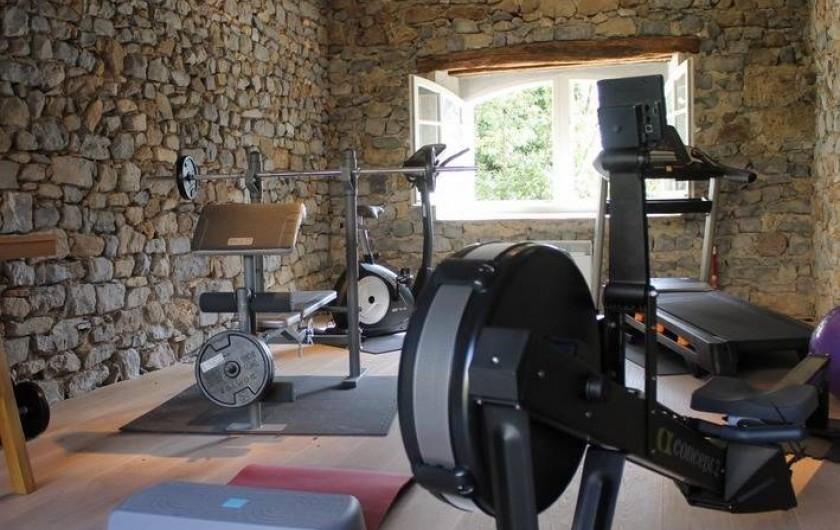 Location de vacances - Chambre d'hôtes à Saint-Félix-de-Pallières - Salle de sport