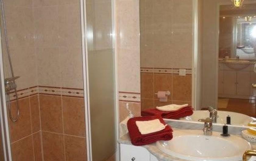 Location de vacances - Appartement à Juan les Pins - Salle de douche
