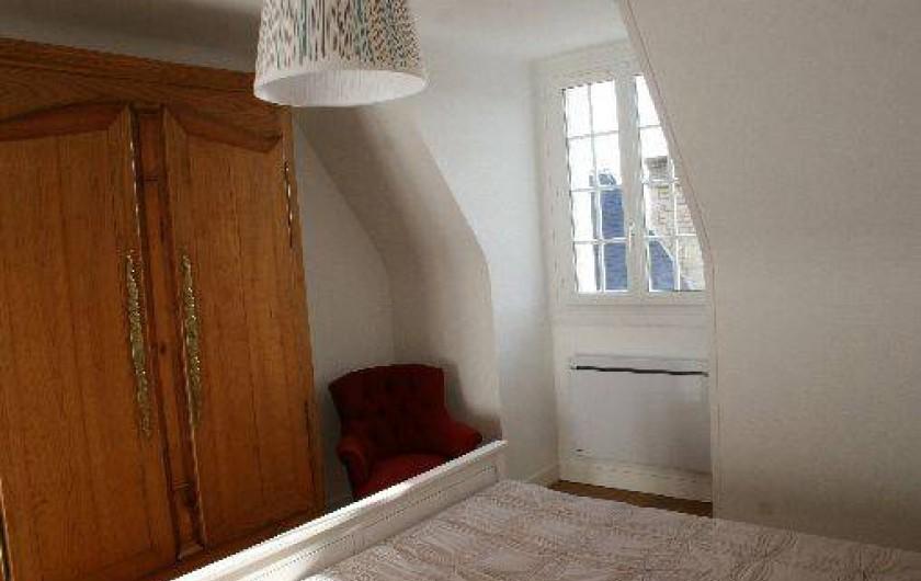 Location de vacances - Appartement à Saint-Malo - La chambre double coté mer