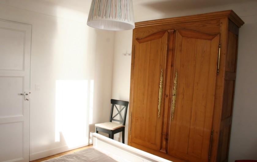 Location de vacances - Appartement à Saint-Malo - La chambre coté mer