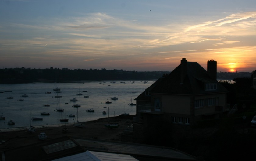 Location de vacances - Appartement à Saint-Malo - Couché de soleil depuis la chambre