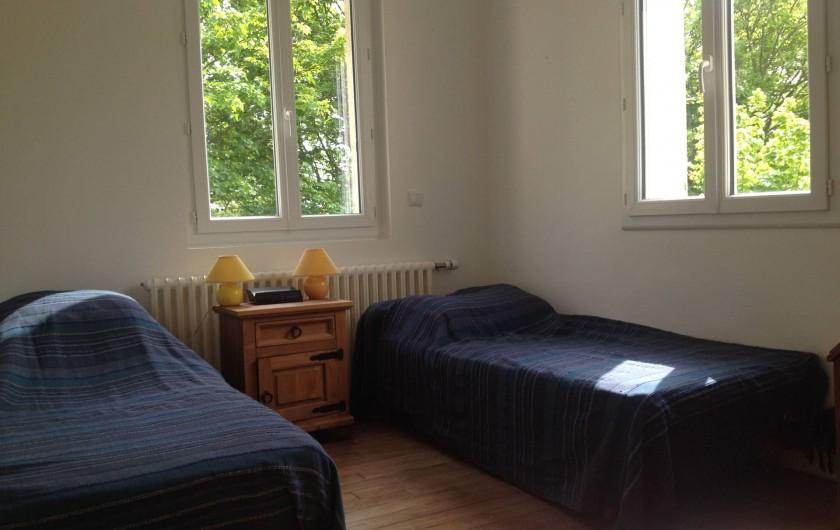 Location de vacances - Maison - Villa à Dieppe - Cette chambre peut être aménagée avec 1 lit double ou 2 lits simples