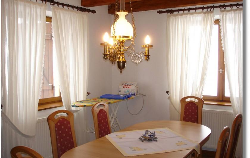 Location de vacances - Appartement à Thannenkirch - Salle à manger avec balcon