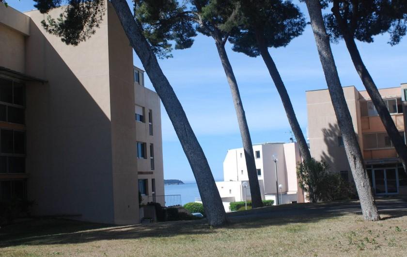 Location de vacances - Appartement à La Ciotat - Dans la résidence