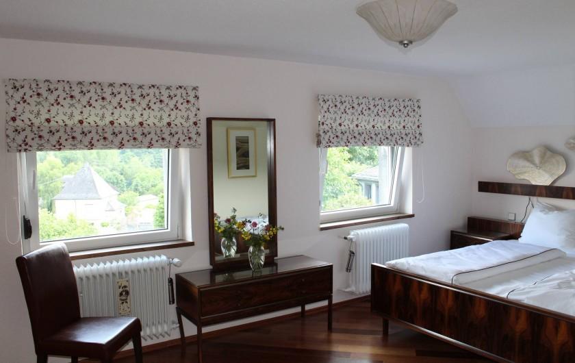 Location de vacances - Maison - Villa à Alsbach-Hähnlein - Chambre à coucher vue jardin