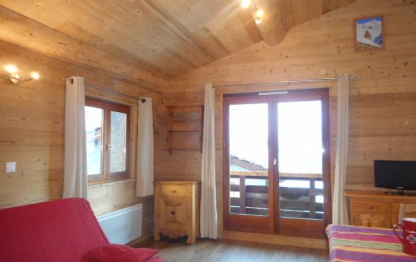 Location de vacances - Appartement à Bonneval-sur-Arc - Séjour lumineux