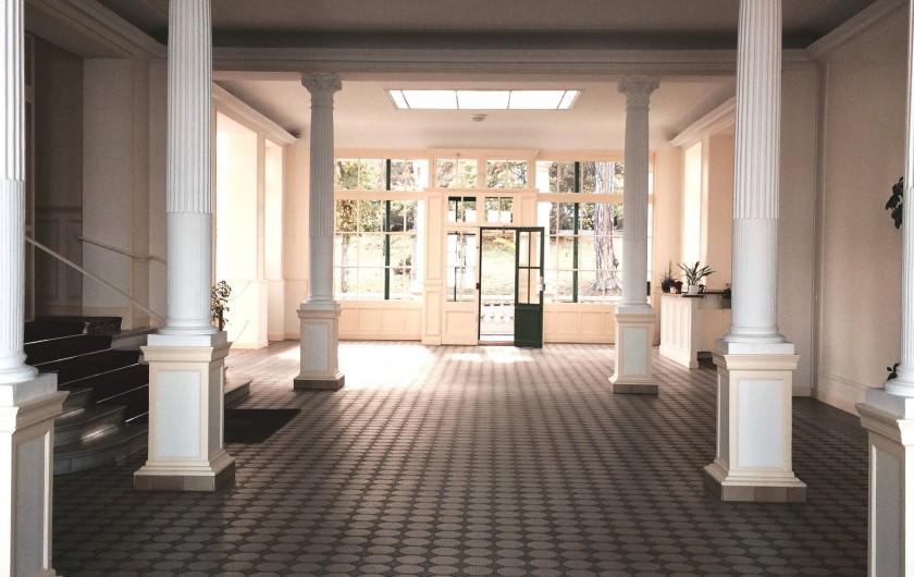 Location de vacances - Appartement à Dinard - hall d'entrée