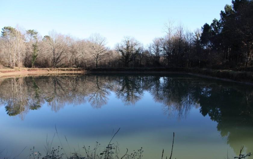 Location de vacances - Chalet à Pompiey - Lac pêche