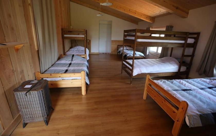 Location de vacances - Gîte à Coucouron - Dortoir 9 personnes. Le paradis des enfants et des groupes d'amis !