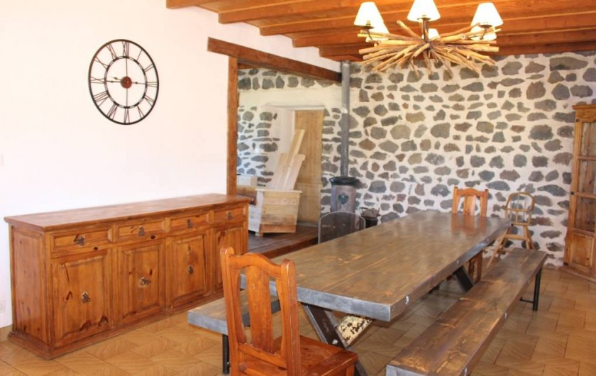 Location de vacances - Gîte à Coucouron - Table pour 16 convives
