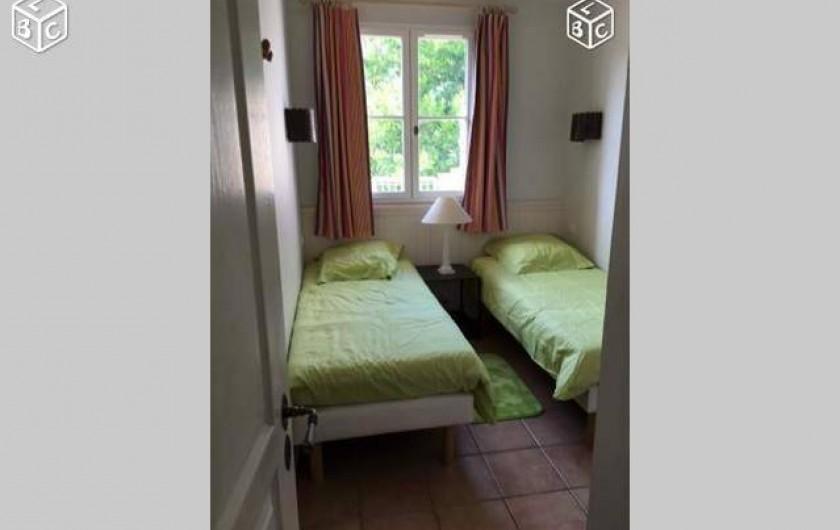 Location de vacances - Villa à Grimaud - CHAMBRE ENFANT