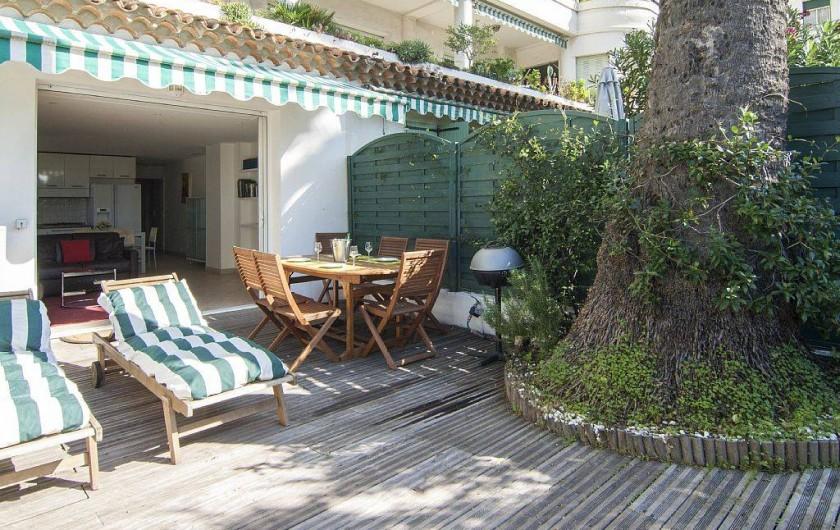 Location chaises longues best chaise longue leclerc for Chaises longues terrasse
