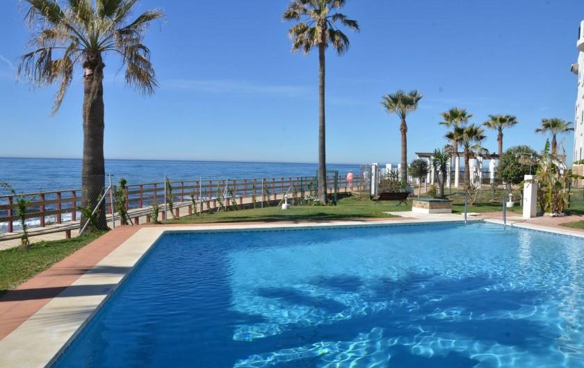 Location de vacances - Appartement à Calahonda - piscine commune