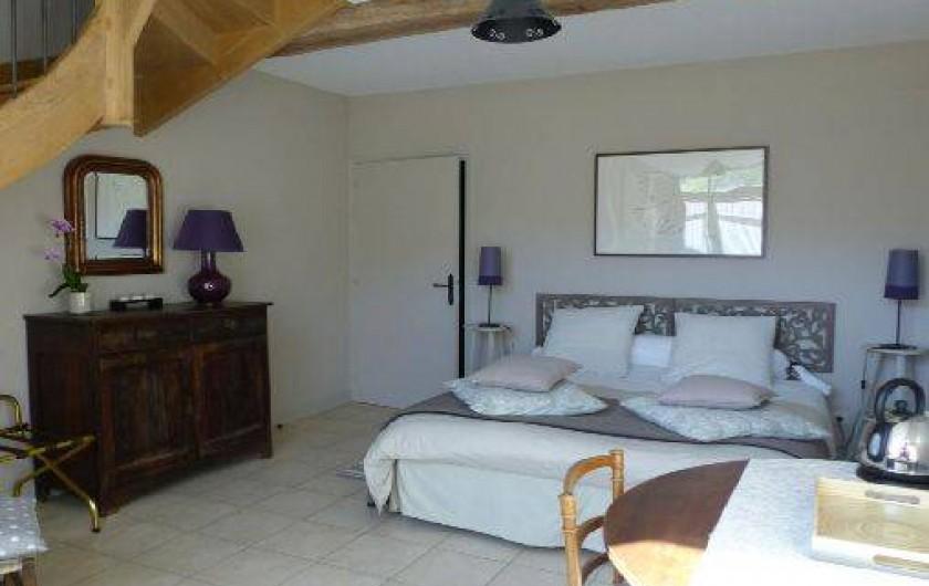 Location de vacances - Chambre d'hôtes à Joux-la-Ville - la chambre familiale du colombier