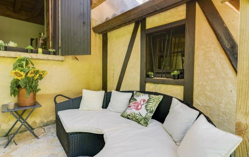 Location de vacances - Villa à Vezac - Terrasse coin repos