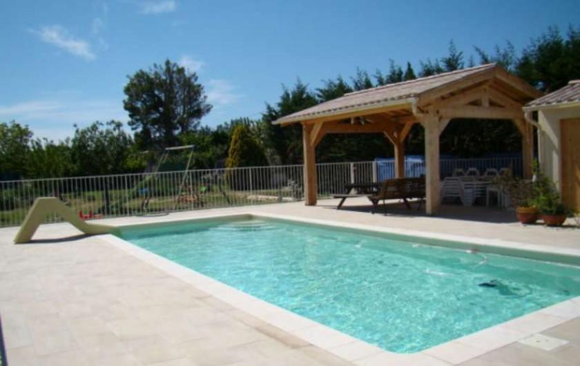 Location de vacances - Villa à Aureille - piscine