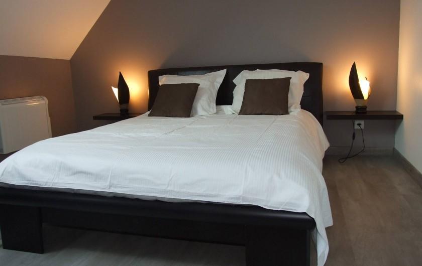 Location de vacances - Maison - Villa à Annecy - Gite n° 2 Chambre lit 140