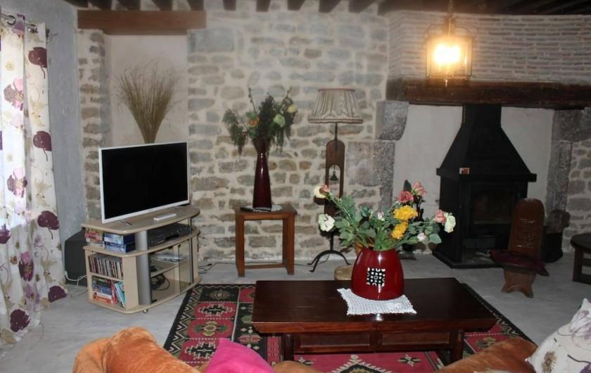 Location de vacances - Maison - Villa à La Collancelle - Vue du salon