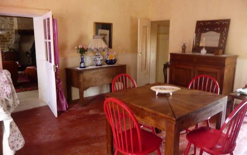 Location de vacances - Maison - Villa à La Collancelle - Vue de la salle à manger