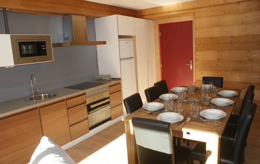 Location de vacances - Appartement à Saint-Martin-de-Belleville - Cuisine-salle à manger