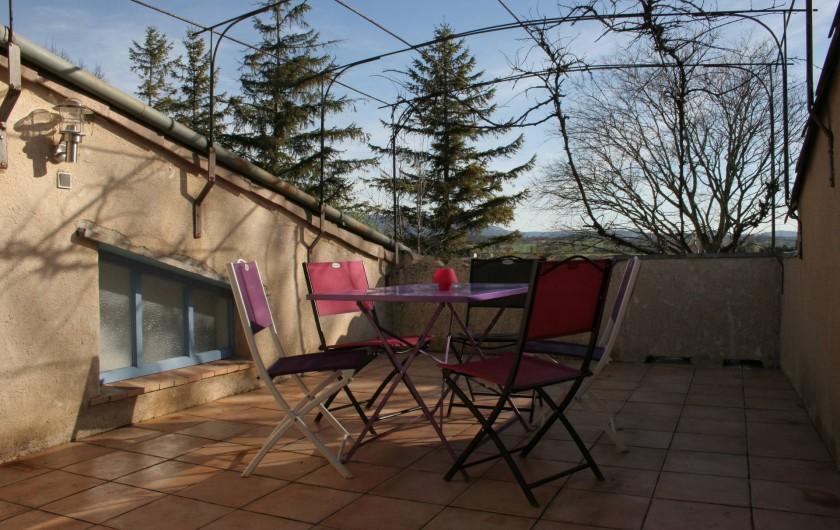 Location de vacances - Appartement à Puy-Saint-Martin - Terrasse plein sud.