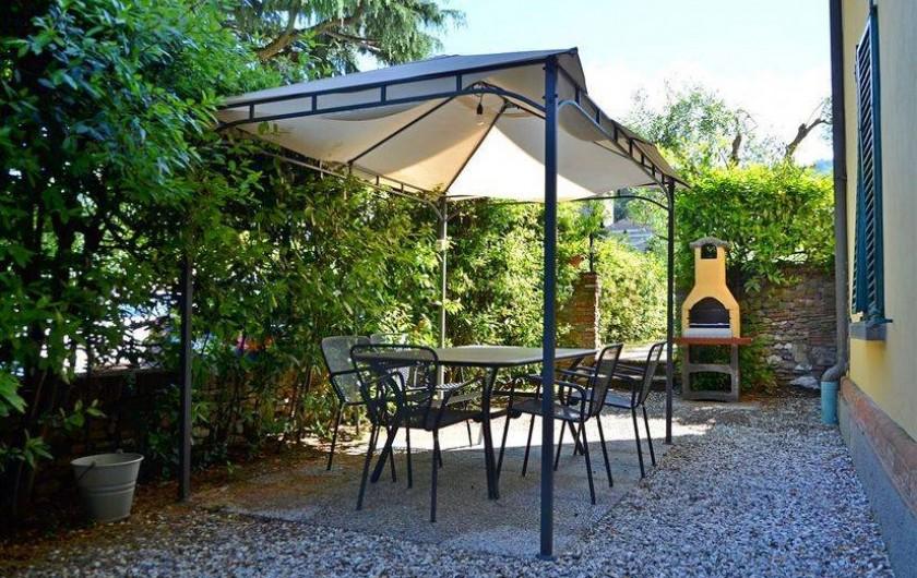 Location de vacances - Appartement à Lucques - Jardin et barbecue dehors Dama Apartment
