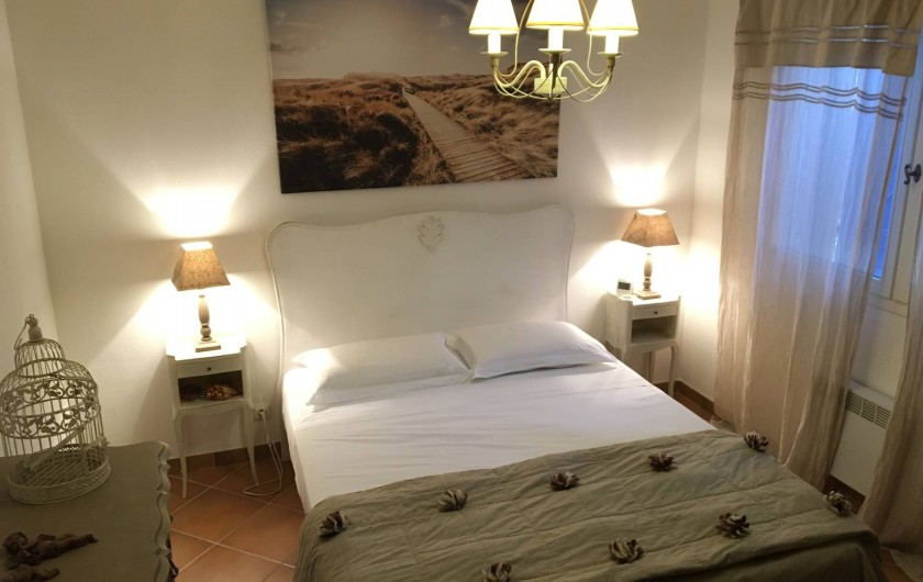 Location de vacances - Villa à Hyères - Chambre 1