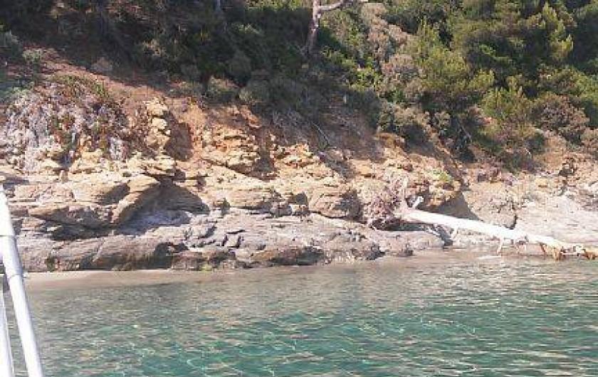 Location de vacances - Appartement à Cavalaire-sur-Mer - Cavalaire: ses environs et  ses petites criques