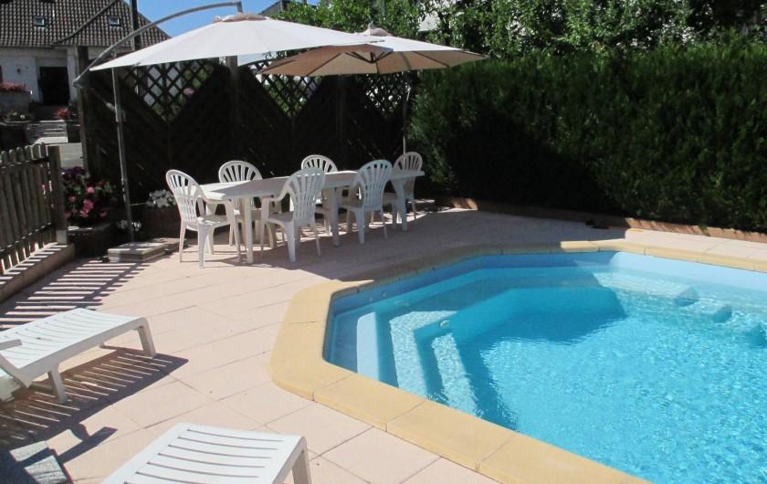 Location de vacances - Chambre d'hôtes à Monswiller - Piscine: Coin repas