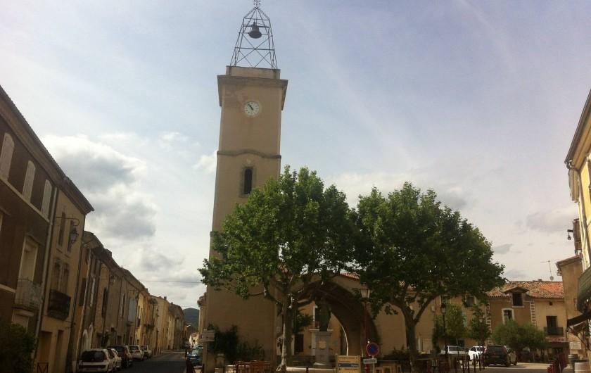Location de vacances - Gîte à Montpeyroux - place du village