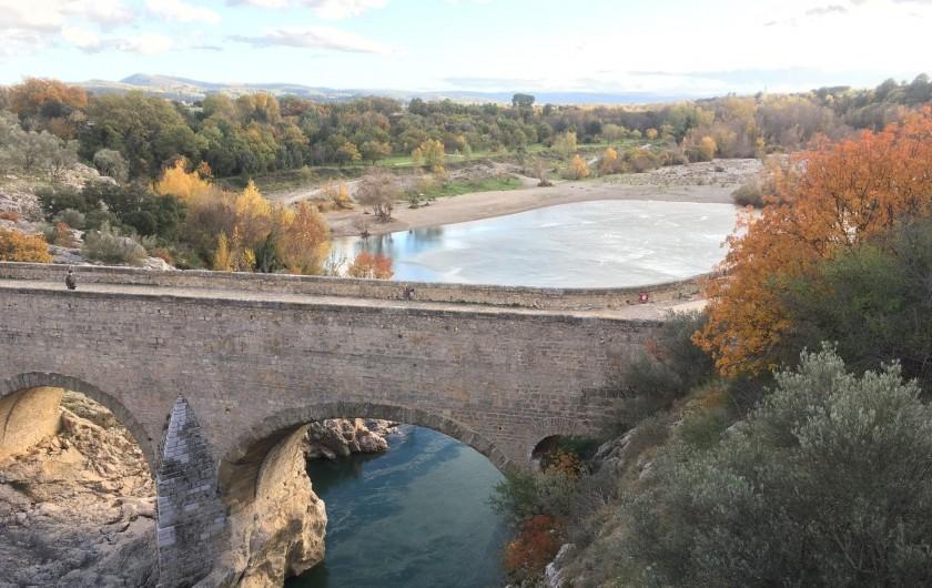 Location de vacances - Gîte à Montpeyroux - à 5 km pont du diable et plage sur les berges de l'Hérault