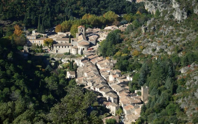 Location de vacances - Gîte à Montpeyroux - à 5 km du gîte : gorges de l'Hérault
