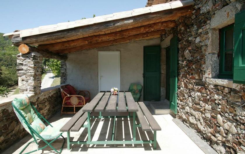 Location de vacances - Gîte à Cros - Terrasse