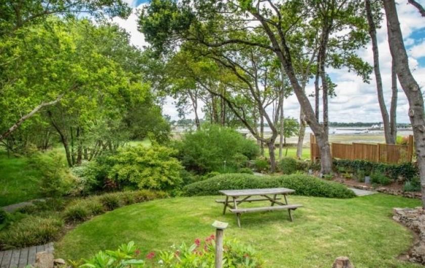 Location de vacances - Chambre d'hôtes à Locoal-Mendon - Jardin